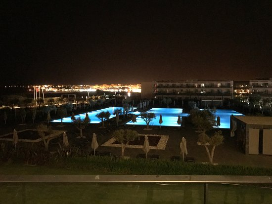 Vila Galé Lagos: By night: vue depuis ma chambre :-)