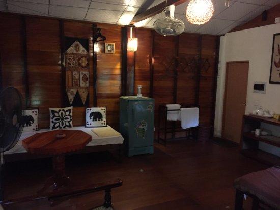 Маванелла, Шри-Ланка: Interior of the chalet