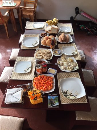 Mawanella, Sri Lanka: Breakfast spread