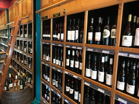 Rose Bay, Australia: Bottle Shop