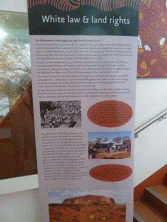 Yulara, Australia: Displays