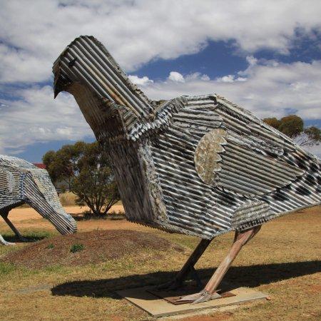 Patchewollock, Australia: Mallee Hen Sculptures
