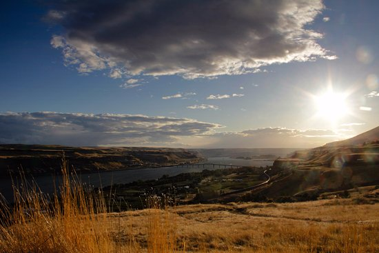 View from the Maryhill Stonehenge:  the Columbia River and the Highway 97 bridge.  10-13-17.