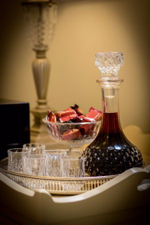 Fremantle Bed and Breakfast : Complimentary Chocolates and Port Wine