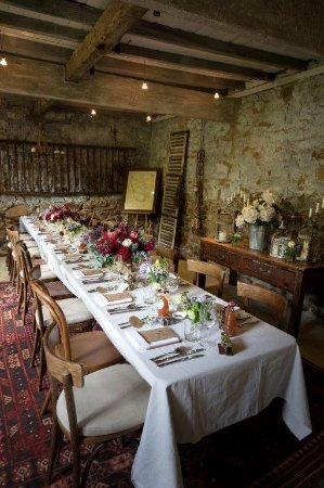 Red Feather Inn: Reception in the Stables