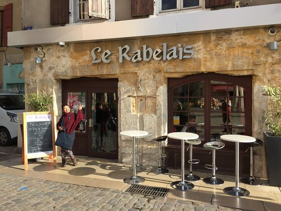 Le rabelais valence restaurant avis num ro de for Exterieur restaurant