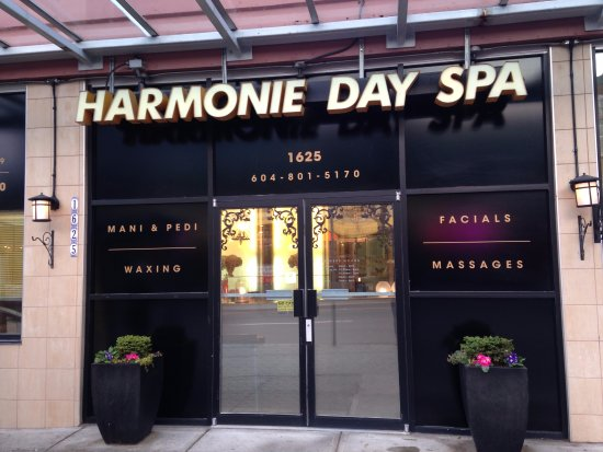the first spa on Robson st, Vancouver