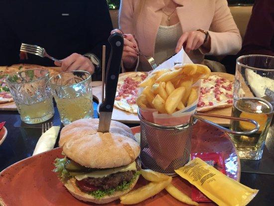 Delmenhorst, Tyskland: Lecker Burger