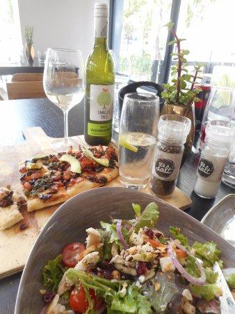 Robertson, Sudáfrica: Chicken salad & flatbread