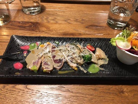 Saint-Blaise, Suíça: mi-cuit de thon