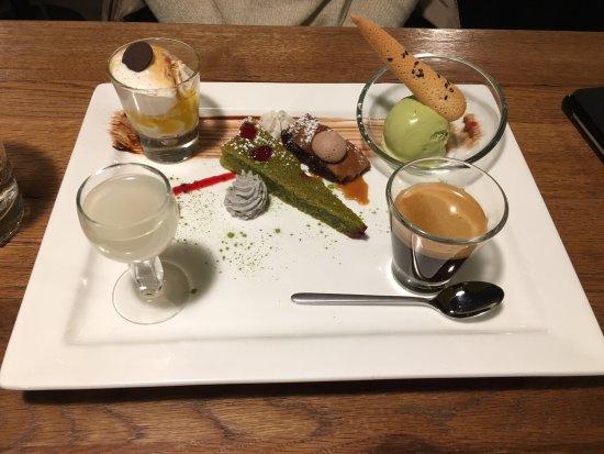 Saint-Blaise, Suíça: café gourmand aux saveurs orientales