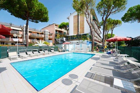 Hotel sporting pinarella prezzi 2019 e recensioni - Bagno italia giuliana ...