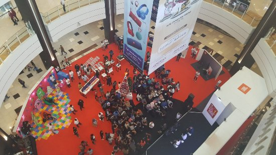 AEON Mall BSD City: Lagi ada pameran di hall