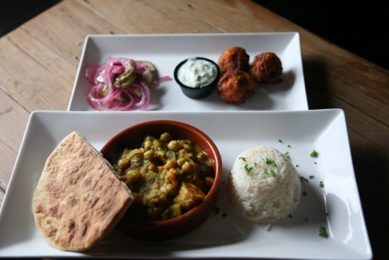 Dungarvan, Irland: Curry Night 2 courses €10