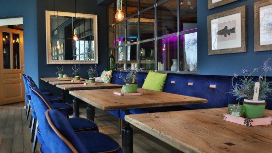 wintergarten obr zek za zen favorite weinbar mainz. Black Bedroom Furniture Sets. Home Design Ideas