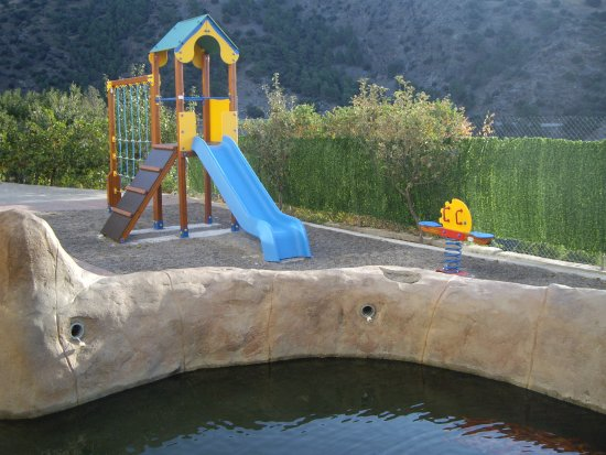 Berchules, Spanje: area recreativa infantil