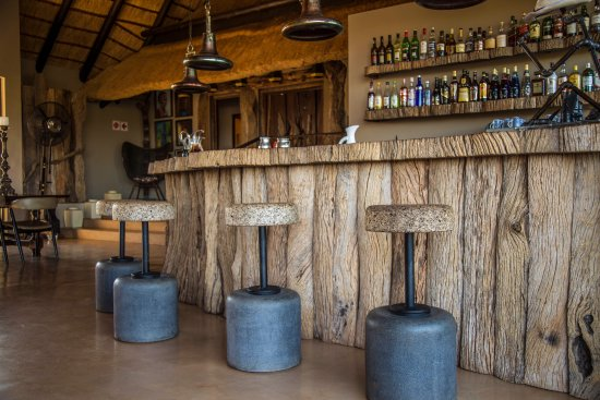 Magaliesburg, South Africa: Main lodge bar area