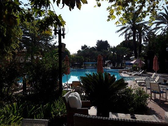 Gartenanlage mit pool rixos downtown antalya antalya - Gartenanlage mit pool ...