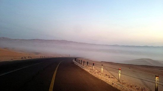 Liwa Oasis, De forente arabiske emirater: Go home at early morning for fog experience :D