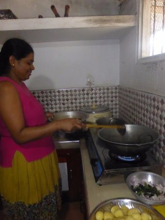 Kegalle, Sri Lanka: cooking lesson with Mali