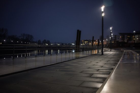 Wedel, Alemania: Night stroll at the guest harbour
