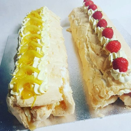 Sticky and Sweet Cupcake Company Limited: Lemon and strawberry fresh cream roulade