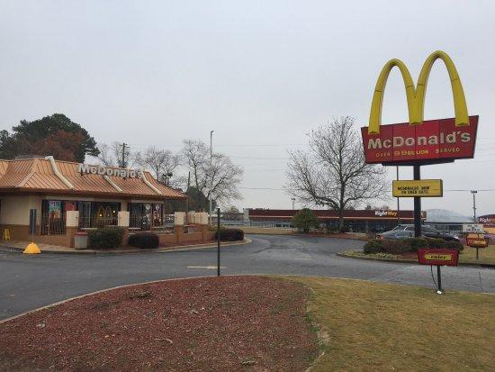 Picture of mcdonald 39 s marietta tripadvisor for Cabins near marietta ga