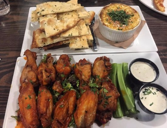 Fairfax County, VA: Crab Dip & Mild Hot Wings