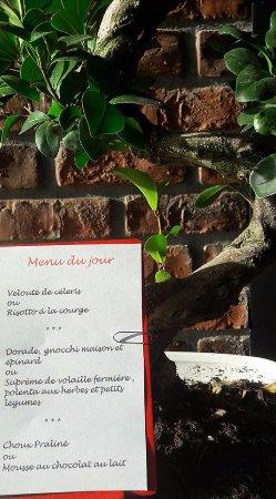Neuvic, Frankreich: exemple de menu du jour