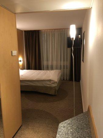 Regensdorf, Swiss: Rooms