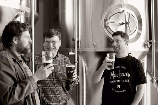 Hanover, Kanada: The guys behind the beer.