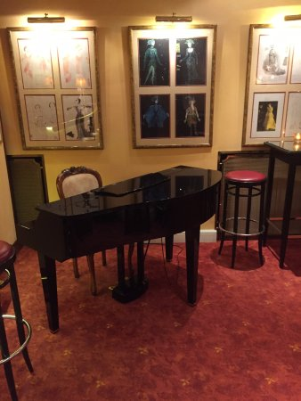 Bristol Hotel Salzburg: Piano In Lobby Bar That Christopher Plummer Played  At While Filming Sound
