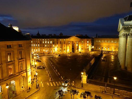 Hotel des Grands Hommes: Place du Pantheon