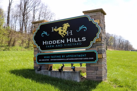 Hidden Hills Farm & Vineyard