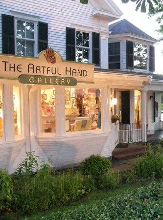 The Artful Hand Gallery