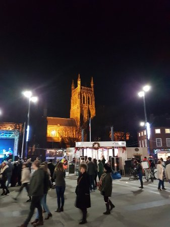 Worcester, UK: 20171201_180625_large.jpg
