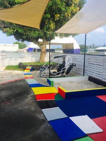 Mele, Vanuatu: Kids playground