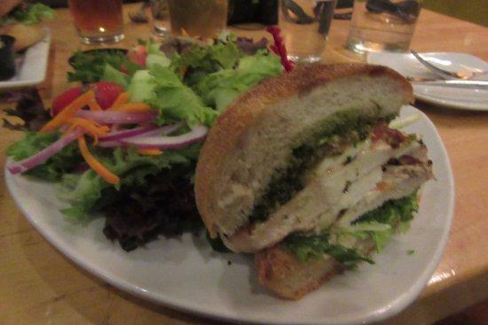 BREW Pub & Kitchen: Chicken sandwich with pesto