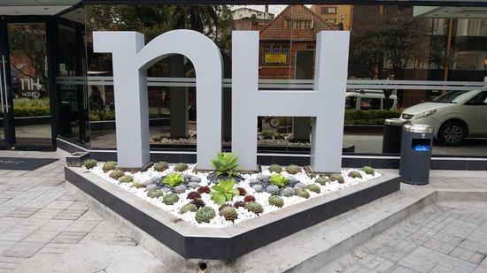 NH Bogota Metrotel Royal: כניסה למלון