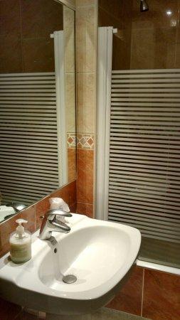 Hotel Rio Arga: IMG_20171129_090002680_HDR_large.jpg