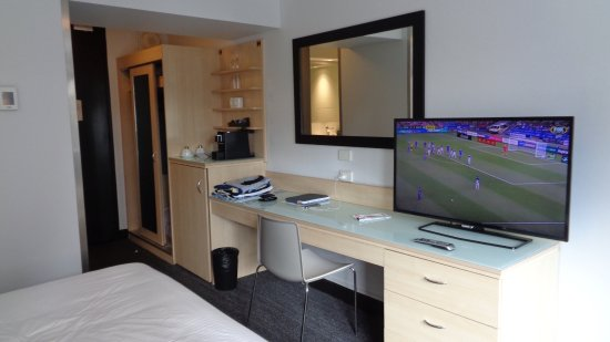 Image Result For Sydney Hotel Travelodge Wynyard