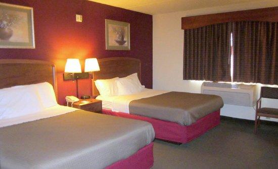 AmericInn Lodge & Suites Appleton : Guest room