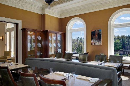 Lenox, MA: Restaurant