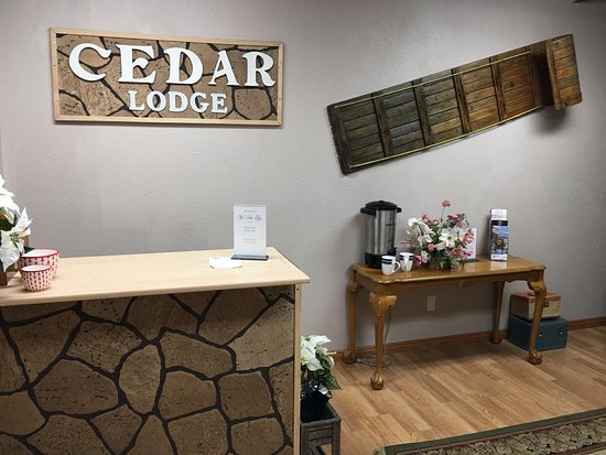 Cedar City, UT: Welcome to the Cedar Lodge