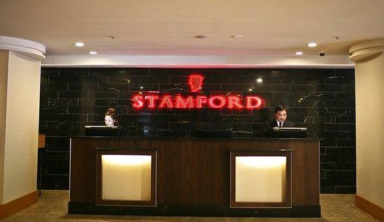 Stamford Plaza Adelaide: Lobby