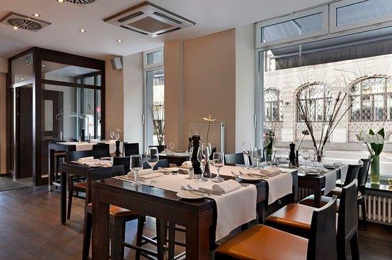 Fleming's Hotel Zurich: Restaurant