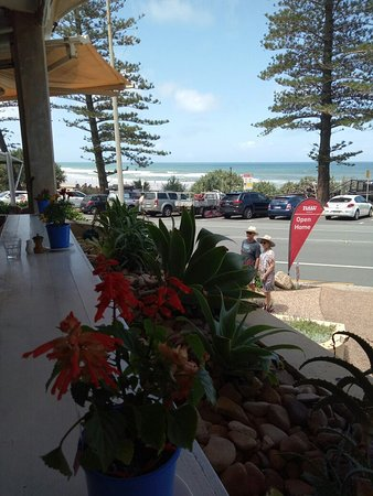 Coolum Beach, Australia: IMG20171202130419_large.jpg