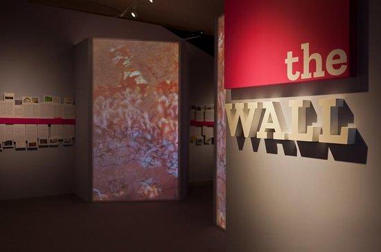 La mostra WALL