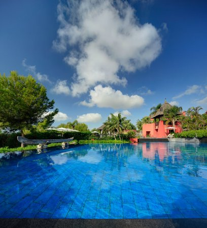 Asia Gardens Hotel & Thai Spa, a Royal Hideaway Hotel : Pool
