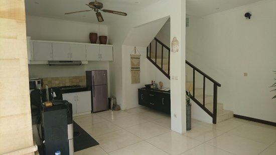 Villa Bugis: Kitchen